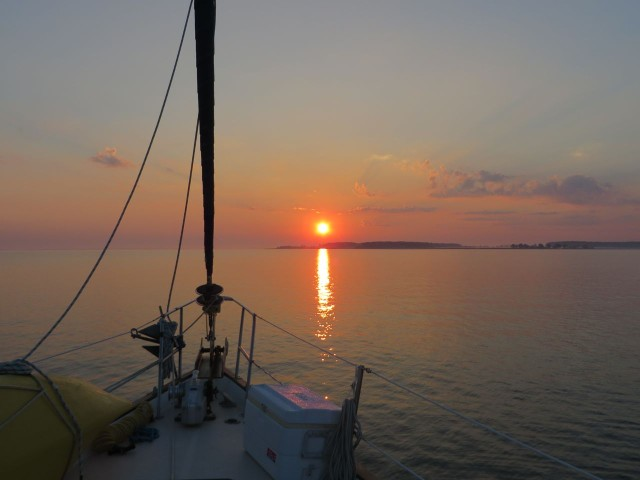 The sun rises as we leave Cook Point Cove