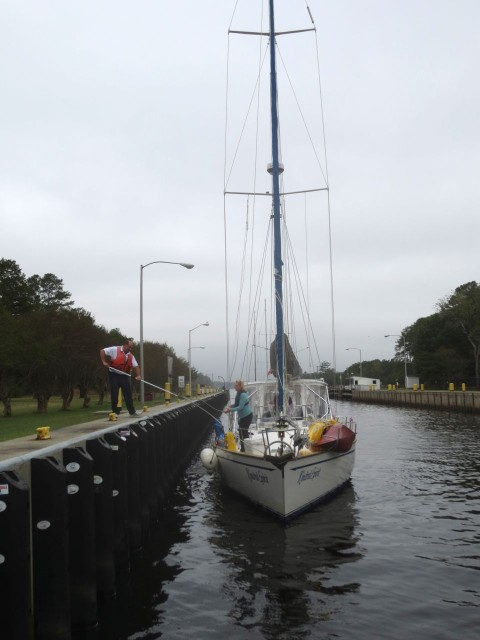 Kindred Spirit tying up in the lock