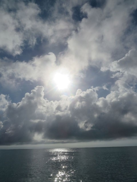 More cloud paintings in the sky