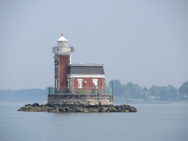 This lighthouse marks the end of the day's journey - turn right after it into Manhasset Bay for Port Washington.