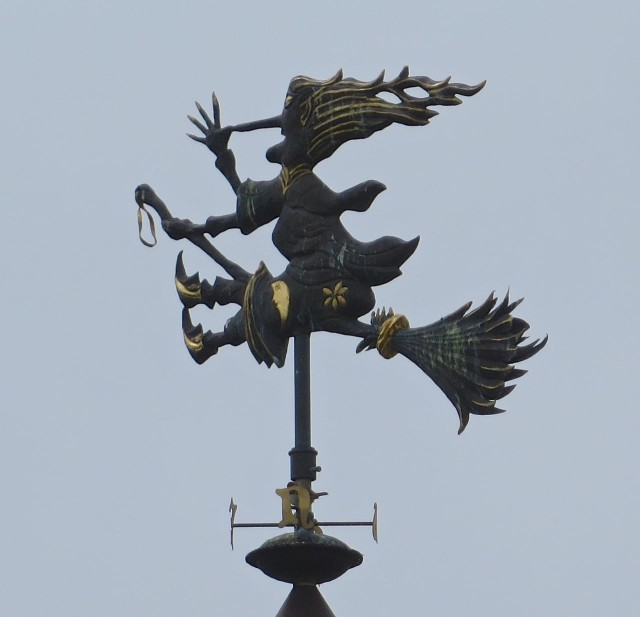On our walk past the houses that line the road to the Coast Guard Station, we noticed this unusual wind vane.
