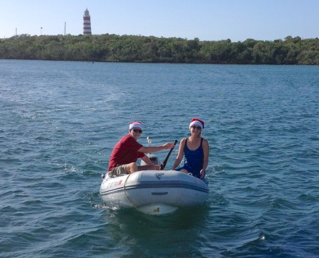 We donned our Santa hats and dinghied about, wishing friends a Merry Christmas!
