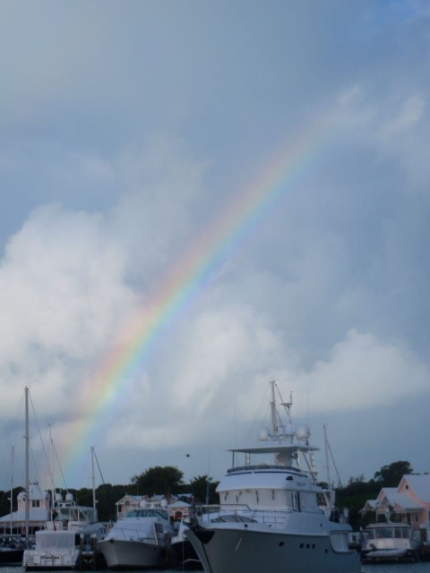 The morning of the eve of New Year's Eve began with a beautiful rainbow, every color was clearly visible – purple, blue, green, yellow, orange, red, right over the marina.