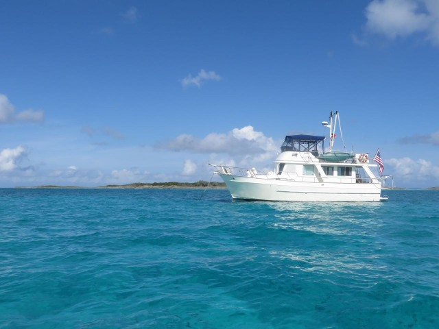 We anchored Kindred Spirit on the west side of the National Park and dinghied over tot he reefs.