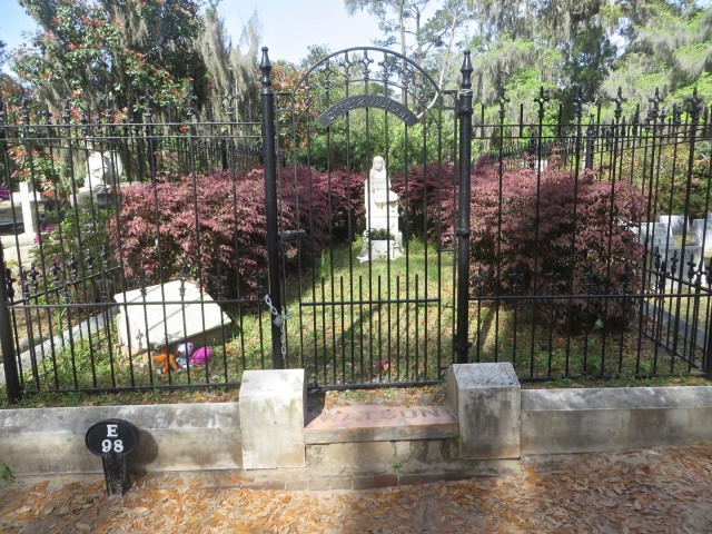 "Like the ""Bird Girl"" statue, little Gracie Watson has become very popular, and the grave is now fenced off in wrought-iron to prevent further damage. If you look closely you can see stuffed animal toys that people leave for her."